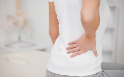 Mal de dos : symbolique de la sciatique, l'hernie discale …